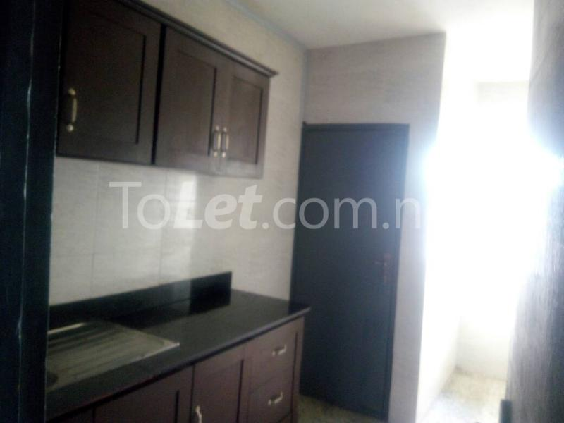 3 bedroom Flat / Apartment for rent - Palmgroove Shomolu Lagos - 3