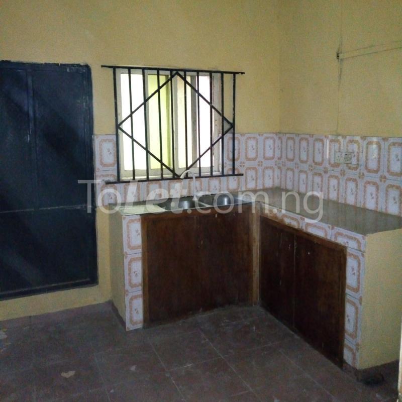 3 bedroom Flat / Apartment for rent close to majok Bariga Shomolu Lagos - 6