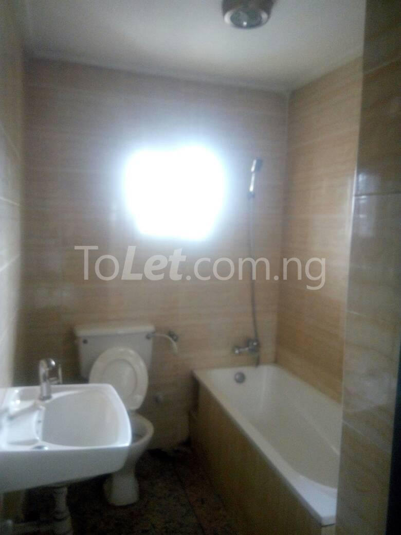 3 bedroom Flat / Apartment for rent - Palmgroove Shomolu Lagos - 2