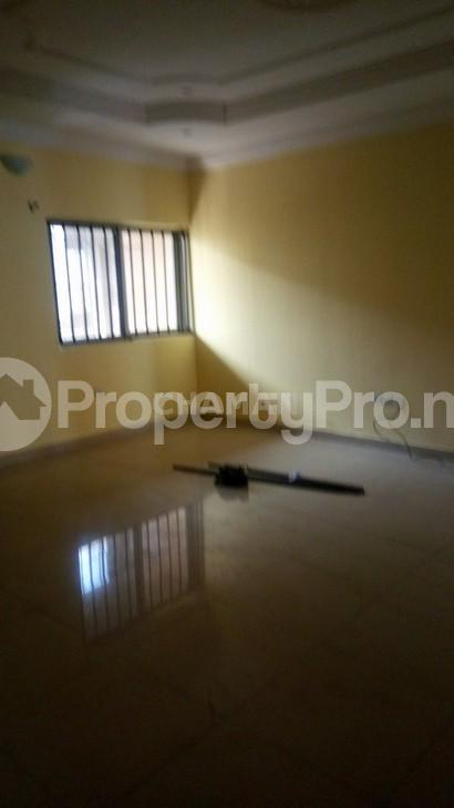 3 bedroom Flat / Apartment for rent magodo phasse 2 Kosofe/Ikosi Lagos - 7
