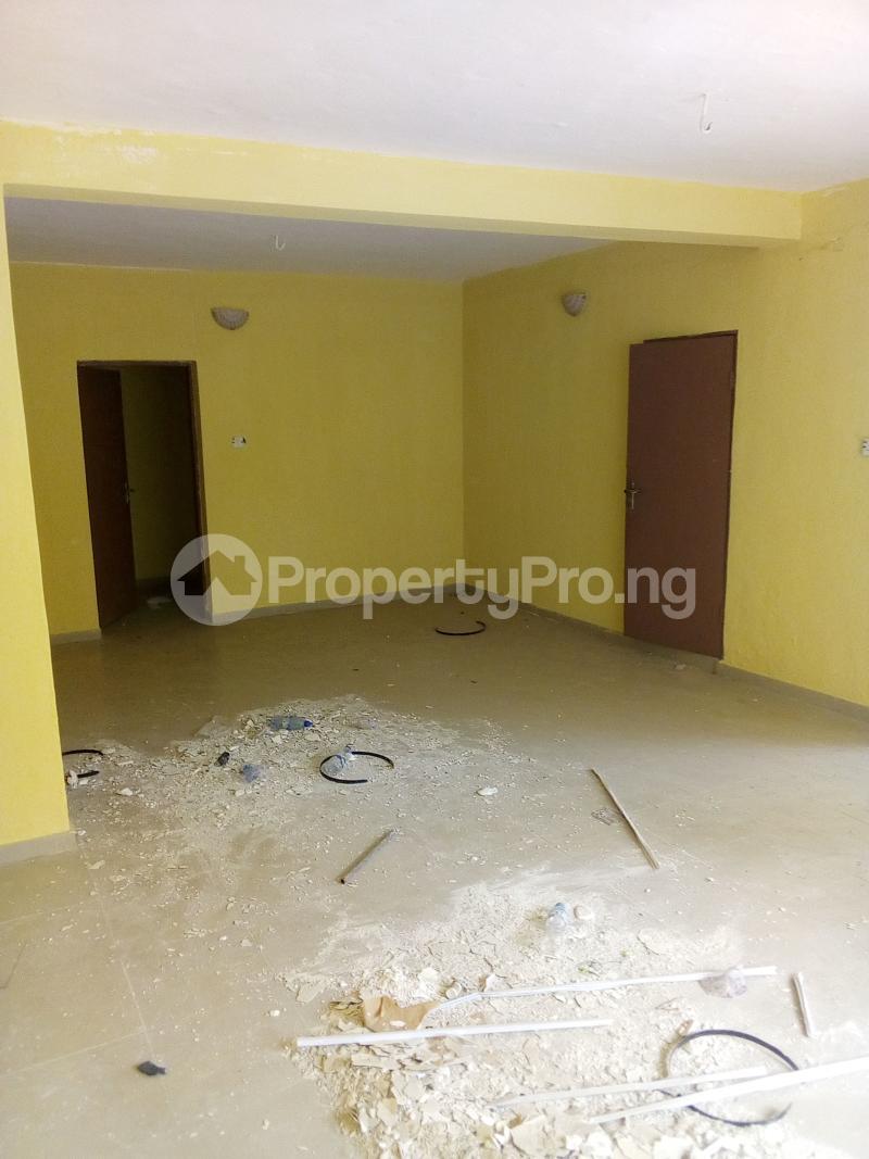 3 bedroom Flat / Apartment for rent . Fola Agoro Yaba Lagos - 1