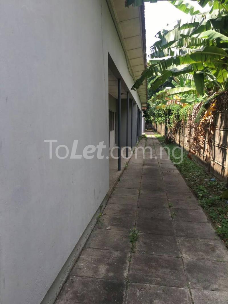 3 bedroom Flat / Apartment for rent Off bourdillon  Bourdillon Ikoyi Lagos - 3