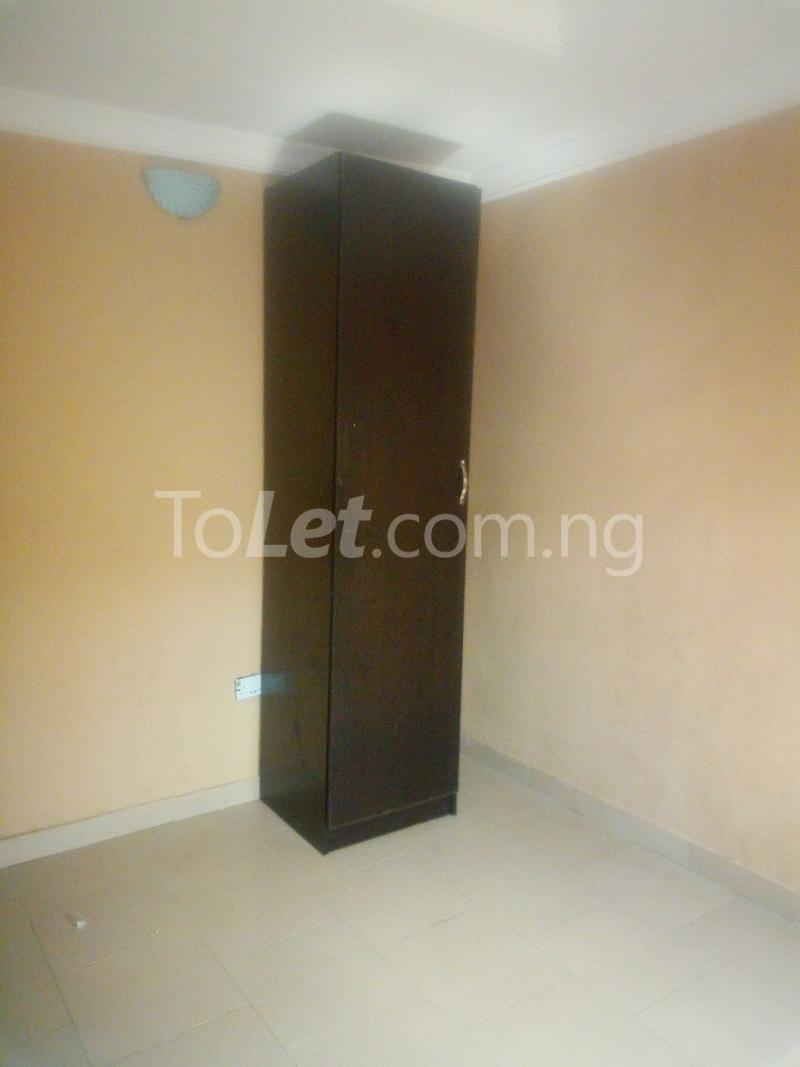 3 bedroom Flat / Apartment for rent Aare Oluyole Estate Ibadan Oyo - 4