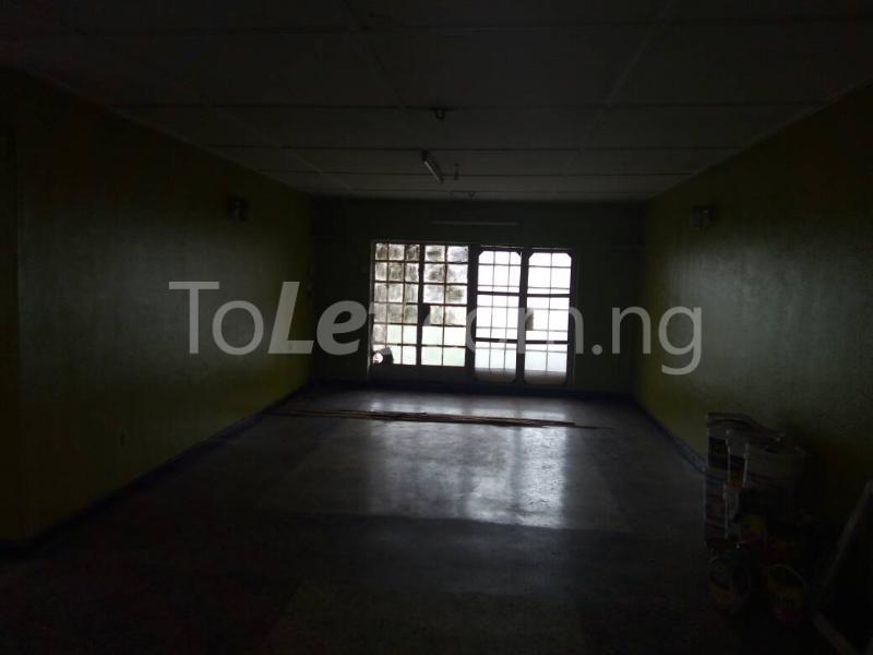 3 bedroom Flat / Apartment for rent - Ilupeju Lagos - 5