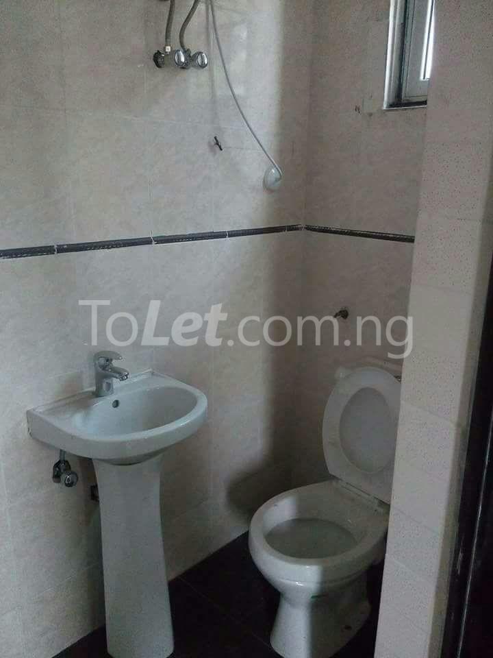 3 bedroom Flat / Apartment for sale Anthony  Anthony Village Maryland Lagos - 3