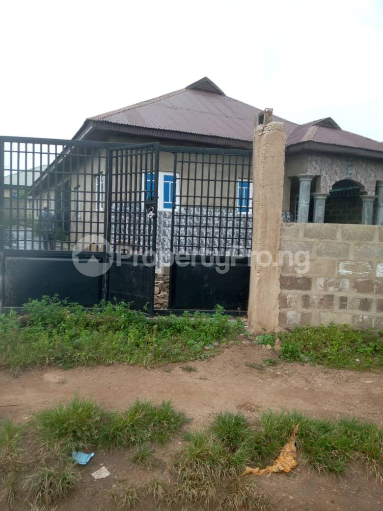 3 bedroom Flat / Apartment for sale Olude street  Olorunda Osun - 3