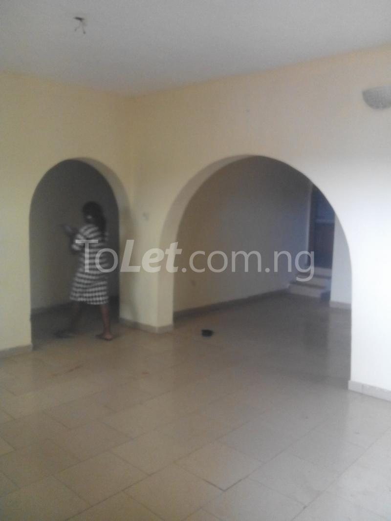3 bedroom Flat / Apartment for rent WEMA bus express bus stop, New Ife Road axis Egbeda Oyo - 6