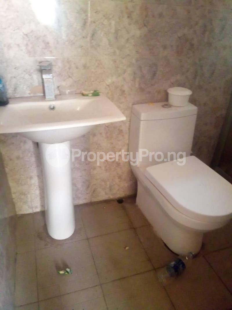 3 bedroom Flat / Apartment for rent behind Icast School,off  Akala Express Ibadan Oyo - 16