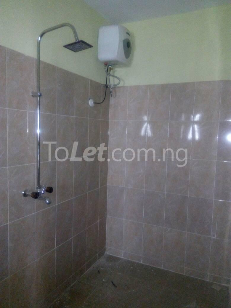 3 bedroom Flat / Apartment for rent Bajulaye  Fola Agoro Yaba Lagos - 2