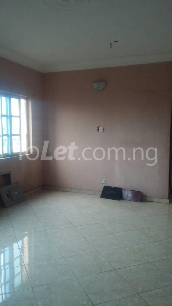 3 bedroom Flat / Apartment for rent  off ishaga road close to lawanson Lawanson Surulere Lagos - 0