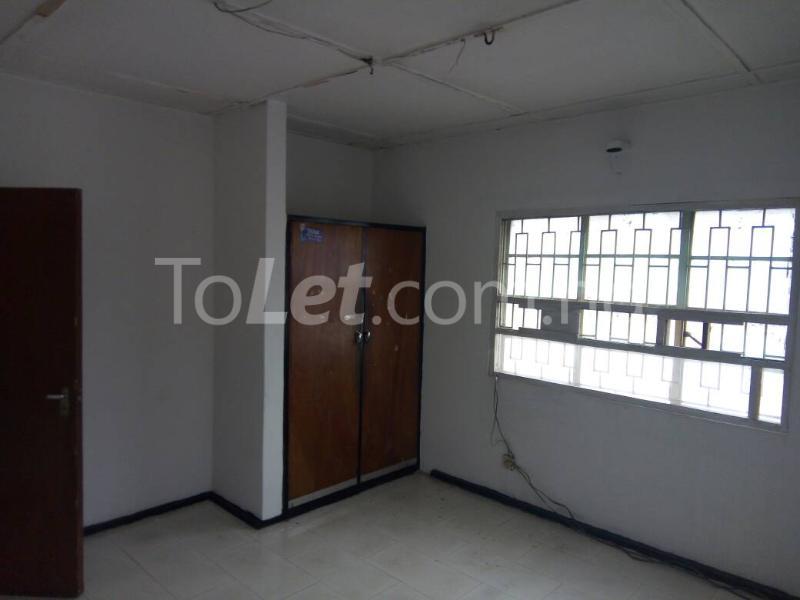 3 bedroom Flat / Apartment for rent - Ilupeju Lagos - 2
