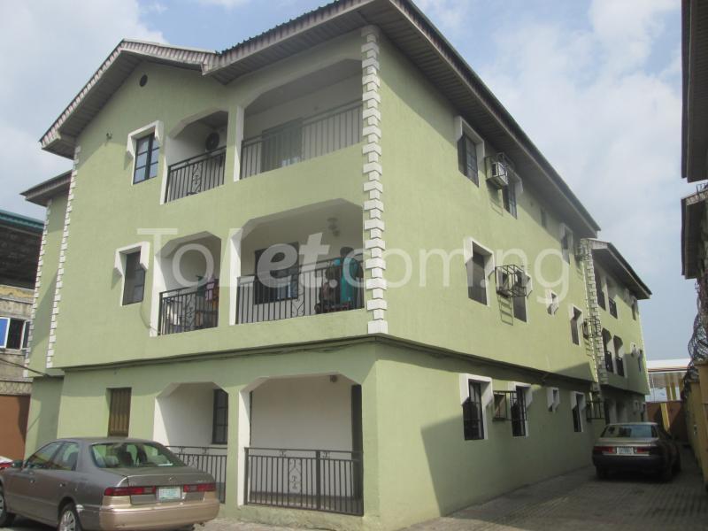 3 bedroom Flat / Apartment for rent Majek, Majek Sangotedo Lagos - 0