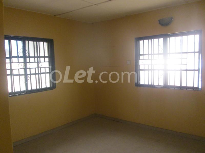 3 bedroom Flat / Apartment for rent Majek, Majek Sangotedo Lagos - 12