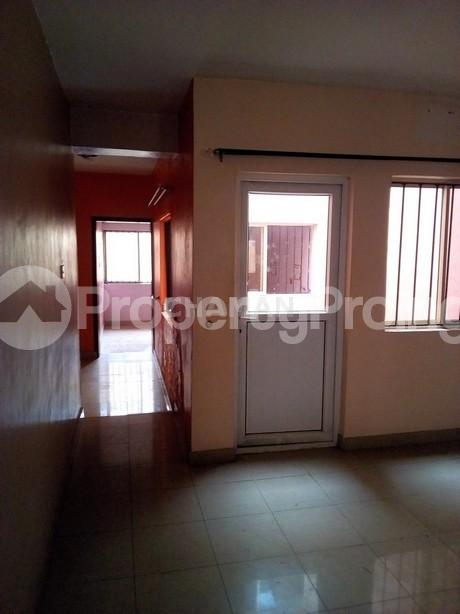 3 bedroom Flat / Apartment for rent magodo phase 2 Kosofe/Ikosi Lagos - 5