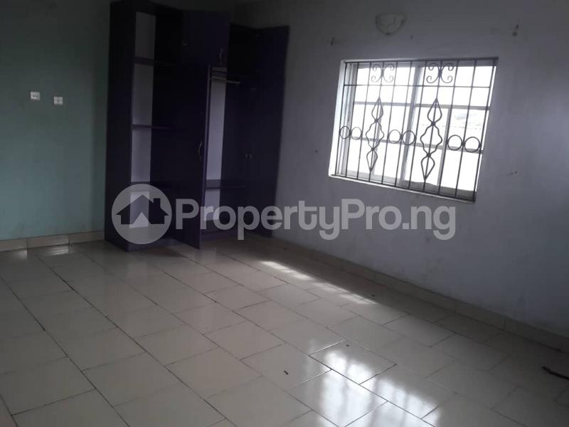 3 bedroom Blocks of Flats House for rent Olive estate Ago palace Okota Lagos - 0