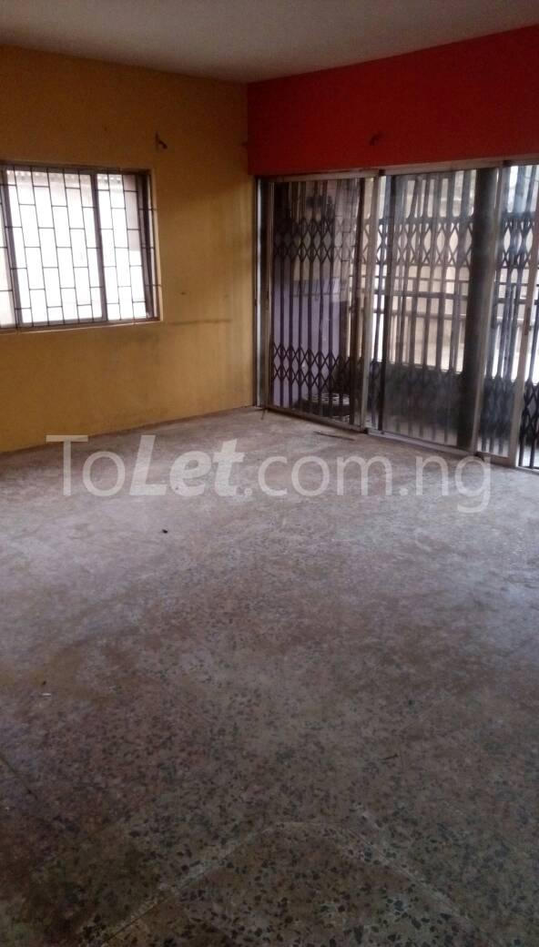 3 bedroom Flat / Apartment for rent judge close Omole phase 2 Ogba Lagos - 6