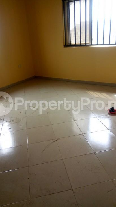 3 bedroom Flat / Apartment for rent magodo phasse 2 Kosofe/Ikosi Lagos - 6