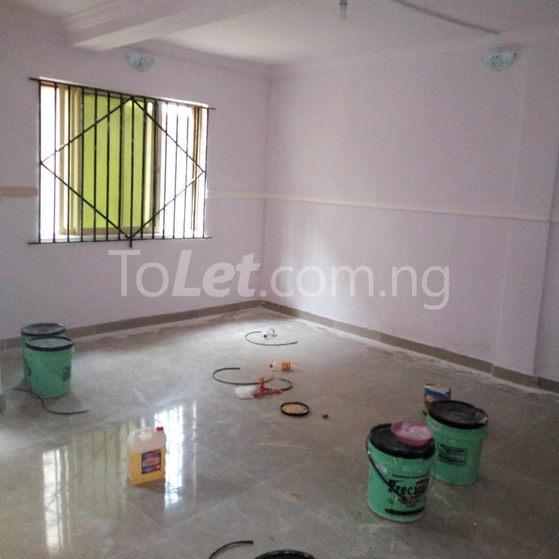 3 bedroom Flat / Apartment for rent close to majok Bariga Shomolu Lagos - 4