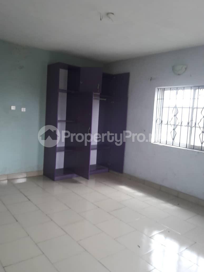 3 bedroom Blocks of Flats House for rent Olive estate Ago palace Okota Lagos - 2