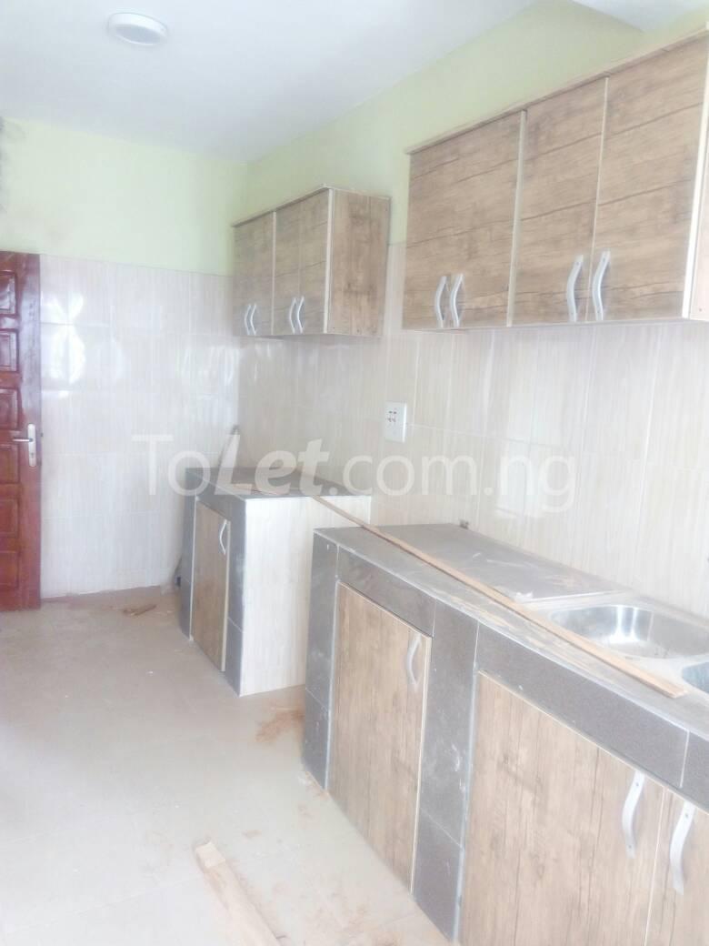 3 bedroom Flat / Apartment for rent Bajulaye  Fola Agoro Yaba Lagos - 7