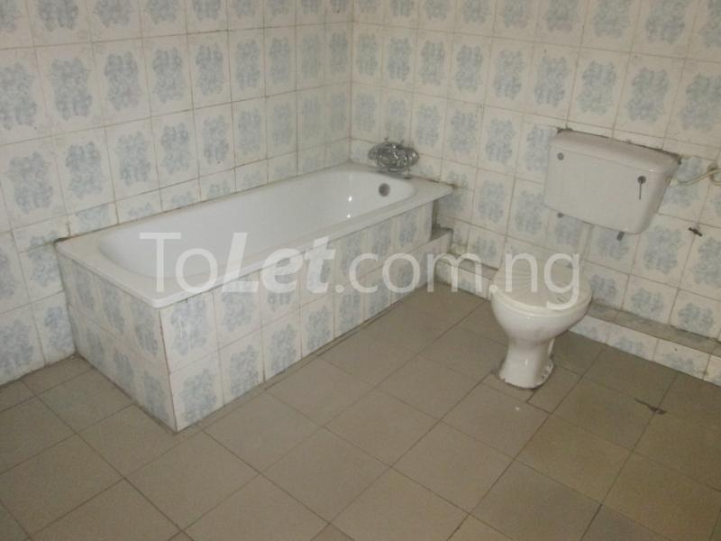 3 bedroom Flat / Apartment for rent Majek, Majek Sangotedo Lagos - 20