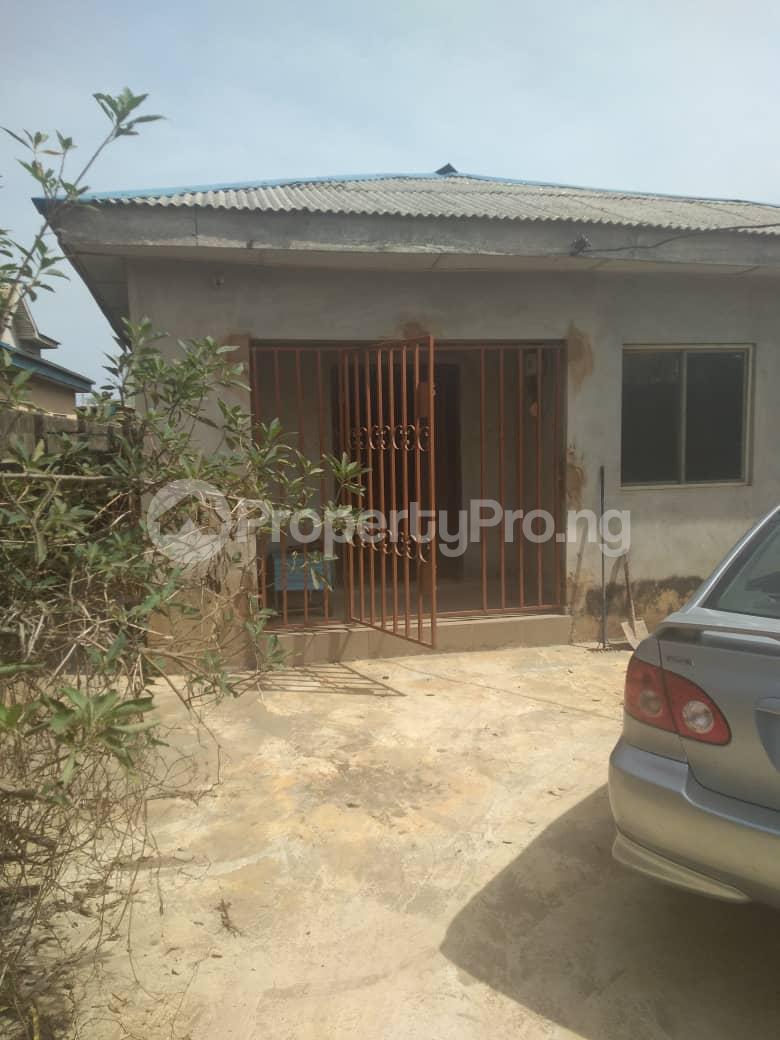3 bedroom Flat / Apartment for sale  Candos road Ipaja  Ipaja Lagos - 0