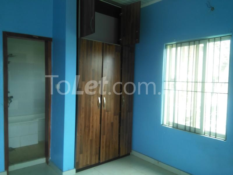 3 bedroom Flat / Apartment for rent Grace Nduko Street at Arowojobe Estate. Mende Maryland Lagos - 9