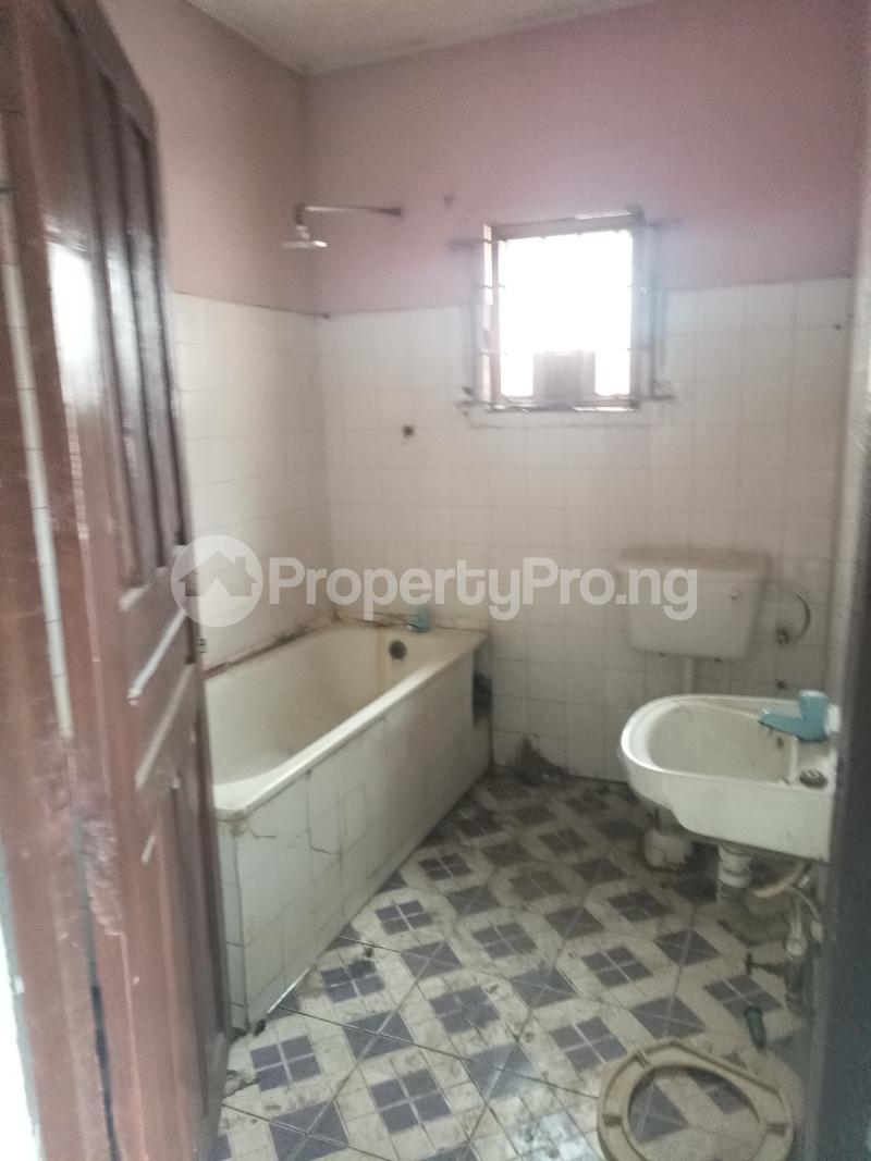 3 bedroom Flat / Apartment for rent Fred Ifako-gbagada Gbagada Lagos - 4