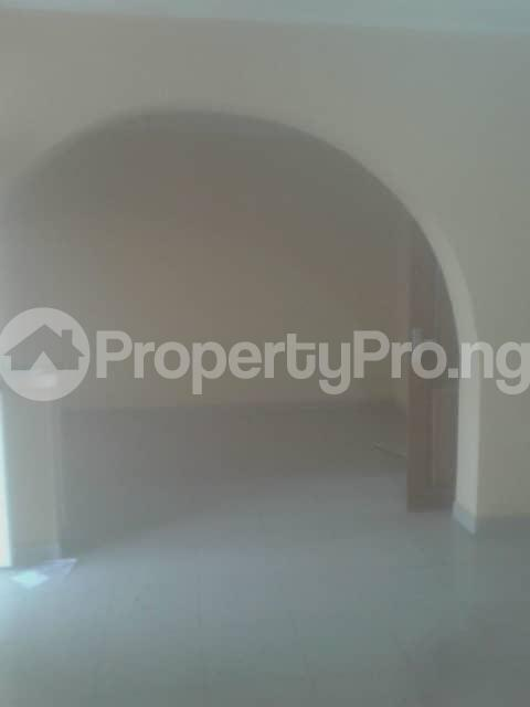 3 bedroom Terraced Bungalow House for rent Iyana church  Iwo Rd Ibadan Oyo - 5