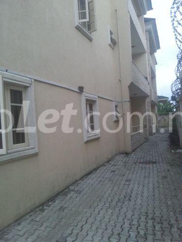 3 bedroom Flat / Apartment for rent Mobil road Ilaje Lagos - 1