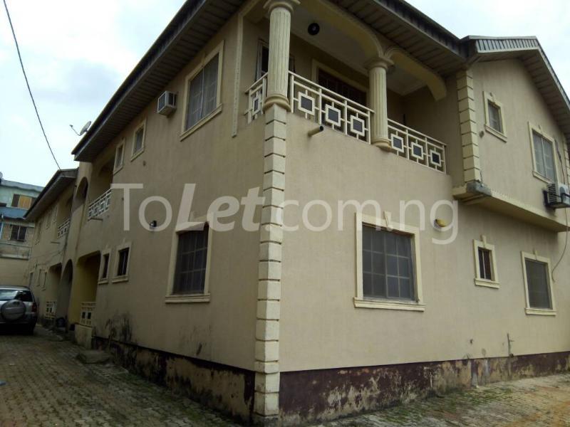 3 bedroom Flat / Apartment for rent begger ojogu  Berger Ojodu Lagos - 1