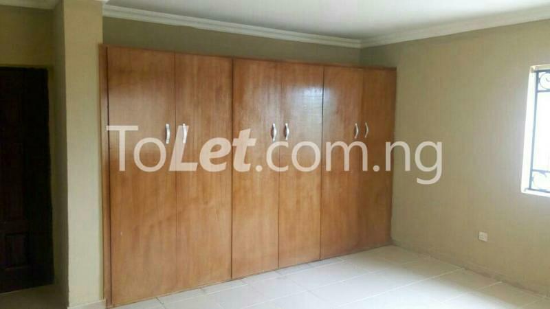 3 bedroom Flat / Apartment for rent GEMADE Egbeda Alimosho Lagos - 1