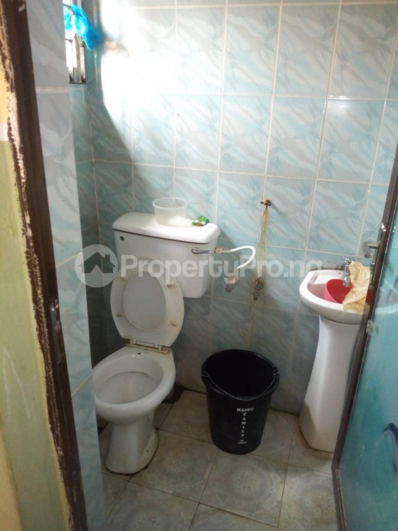 3 bedroom Blocks of Flats House for rent Daramola street  Agodi Ibadan Oyo - 2
