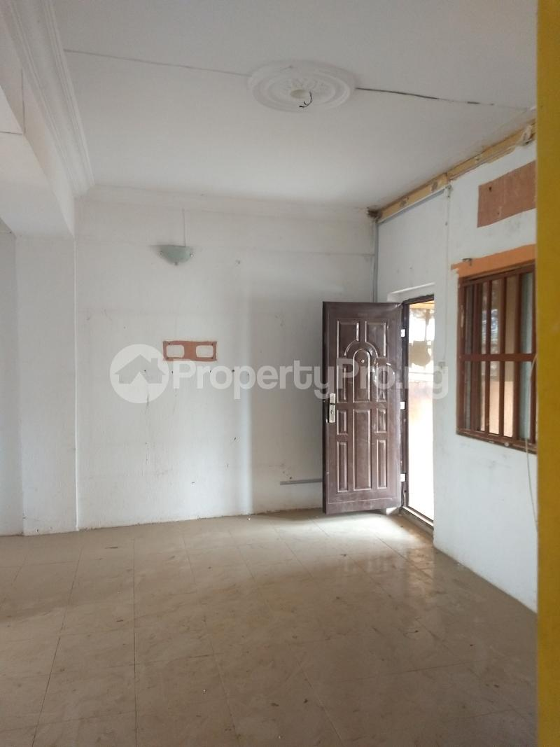 3 bedroom Flat / Apartment for rent Off ishola Bello by akiode bus stop Ojodu Lagos - 1