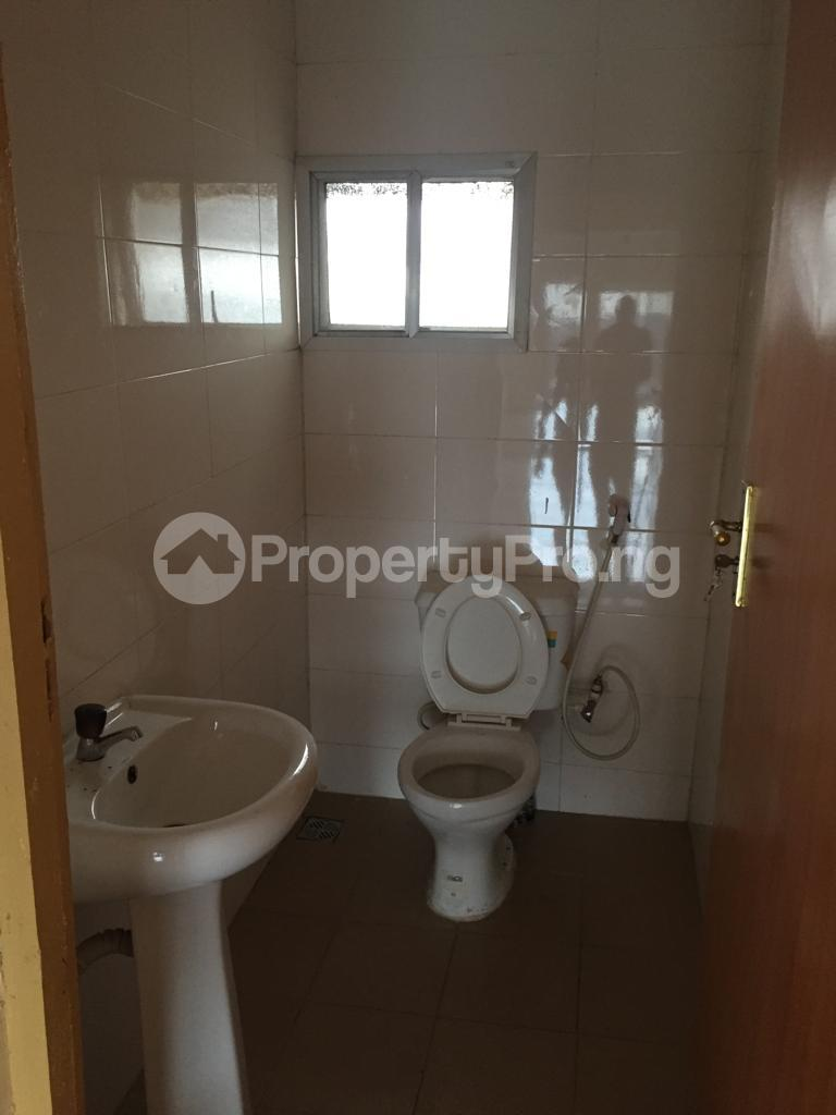 3 bedroom Flat / Apartment for rent Fola Agoro Yaba Lagos - 5