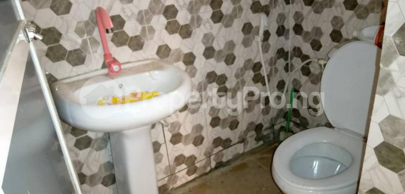 3 bedroom Flat / Apartment for rent Shomolu Shomolu Lagos - 8