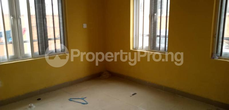 3 bedroom Flat / Apartment for rent Shomolu Shomolu Lagos - 6