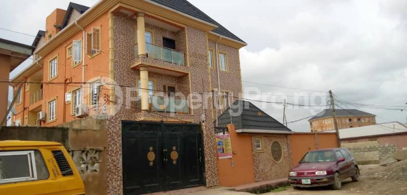 3 bedroom Flat / Apartment for rent Shomolu Shomolu Lagos - 0