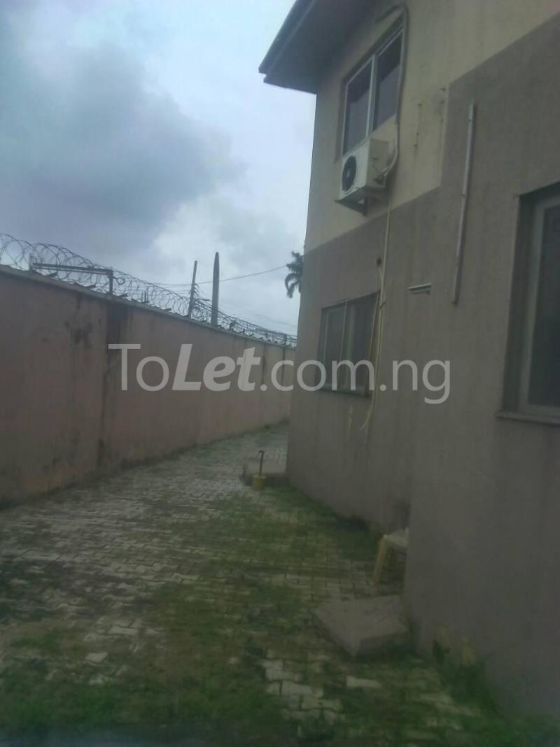 3 bedroom Flat / Apartment for rent James Island Bode Thomas Surulere Lagos - 11