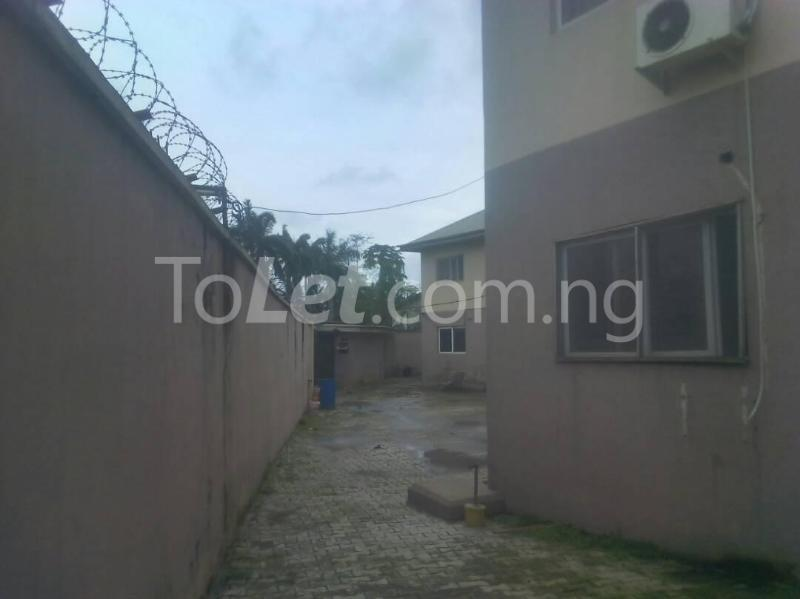 3 bedroom Flat / Apartment for rent James Island Bode Thomas Surulere Lagos - 3