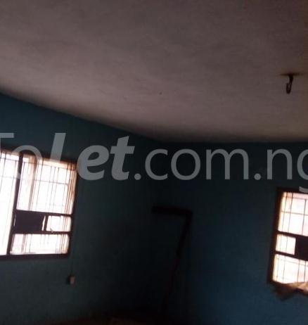 3 bedroom Flat / Apartment for rent - Ejigbo Ejigbo Lagos - 2