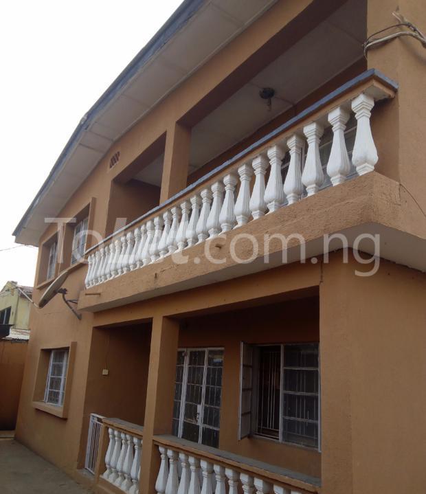 3 bedroom Flat / Apartment for rent - Ejigbo Ejigbo Lagos - 1