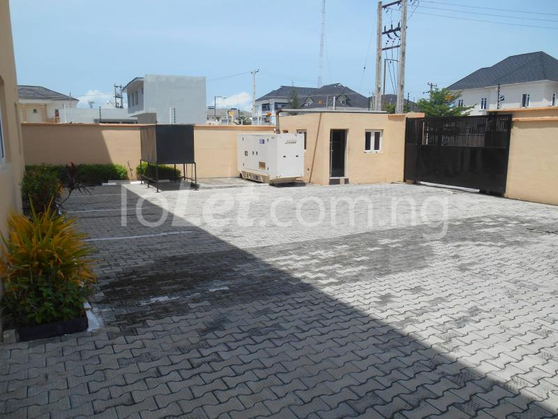 3 bedroom Flat / Apartment for sale Maruwa Lekki Phase 1 Lekki Lagos - 22