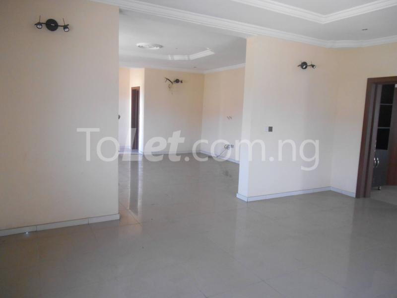 3 bedroom Flat / Apartment for sale Maruwa Lekki Phase 1 Lekki Lagos - 2