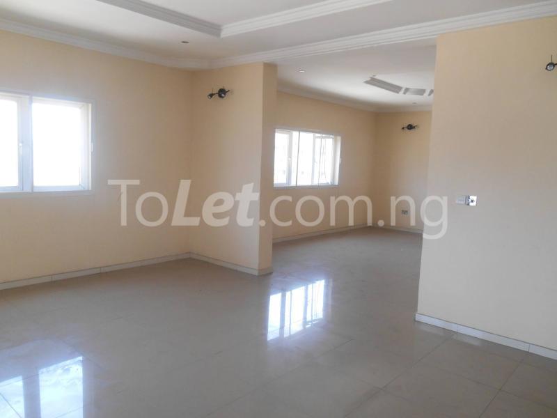 3 bedroom Flat / Apartment for sale Maruwa Lekki Phase 1 Lekki Lagos - 3
