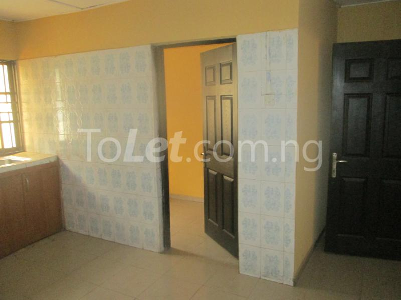 3 bedroom Flat / Apartment for rent Majek, Majek Sangotedo Lagos - 9