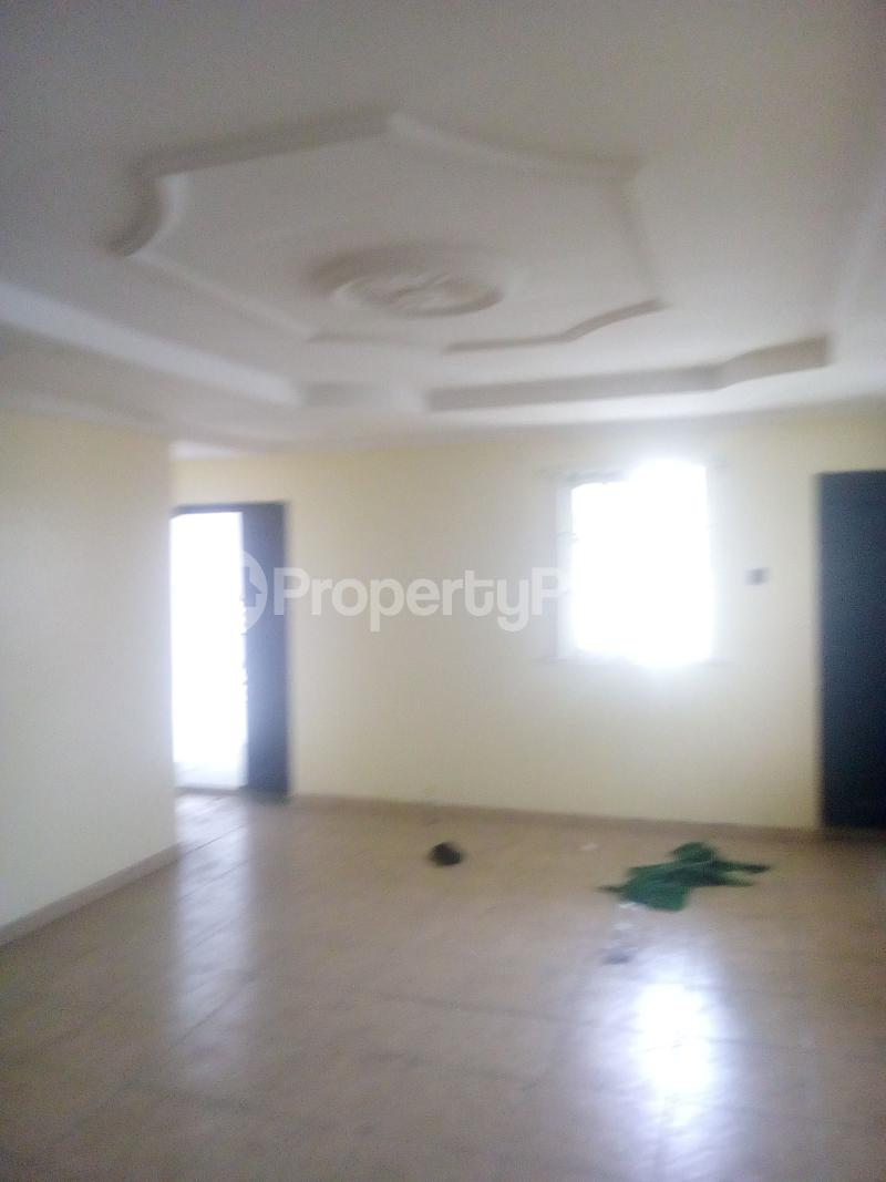 3 bedroom Flat / Apartment for rent Ladipo labinjo off  Bode Thomas Surulere Lagos - 1