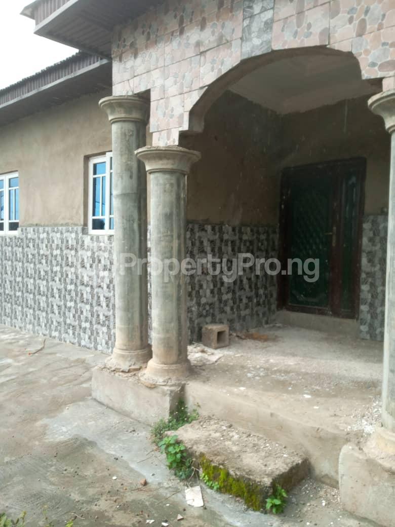 3 bedroom Flat / Apartment for sale Olude street  Olorunda Osun - 2