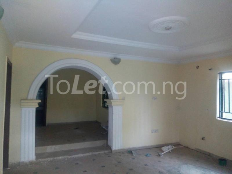 3 bedroom Flat / Apartment for sale Off Oriola street Alapere Kosofe/Ikosi Lagos - 3