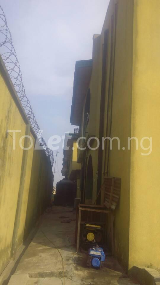 3 bedroom Flat / Apartment for sale - Osolo way Isolo Lagos - 3